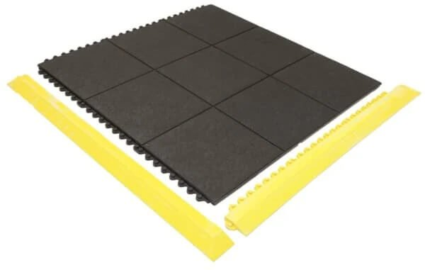 Solidtop matting with yellow